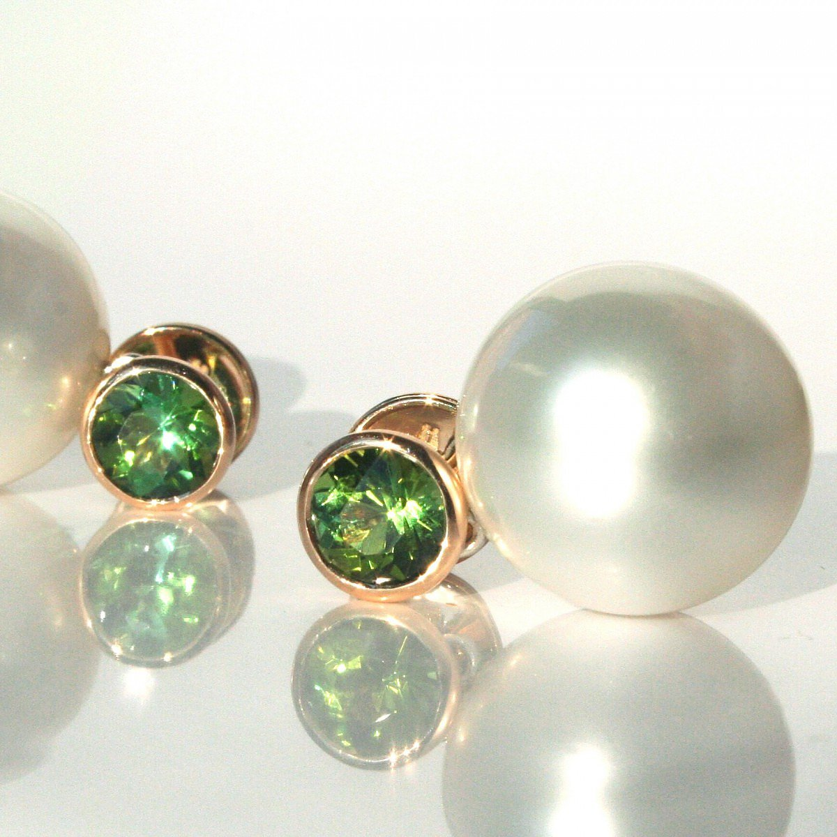 Earrings, Rosegold with green Tourmaline and South Sea Pearls